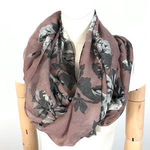 Reitmans infinity scarf floral